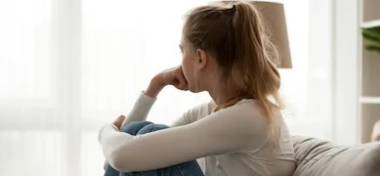 Dramat w malutkiej wsi, bracia latami bezdusznie gwałcili młodszą siostrę. Jej zeznania są druzgoczące