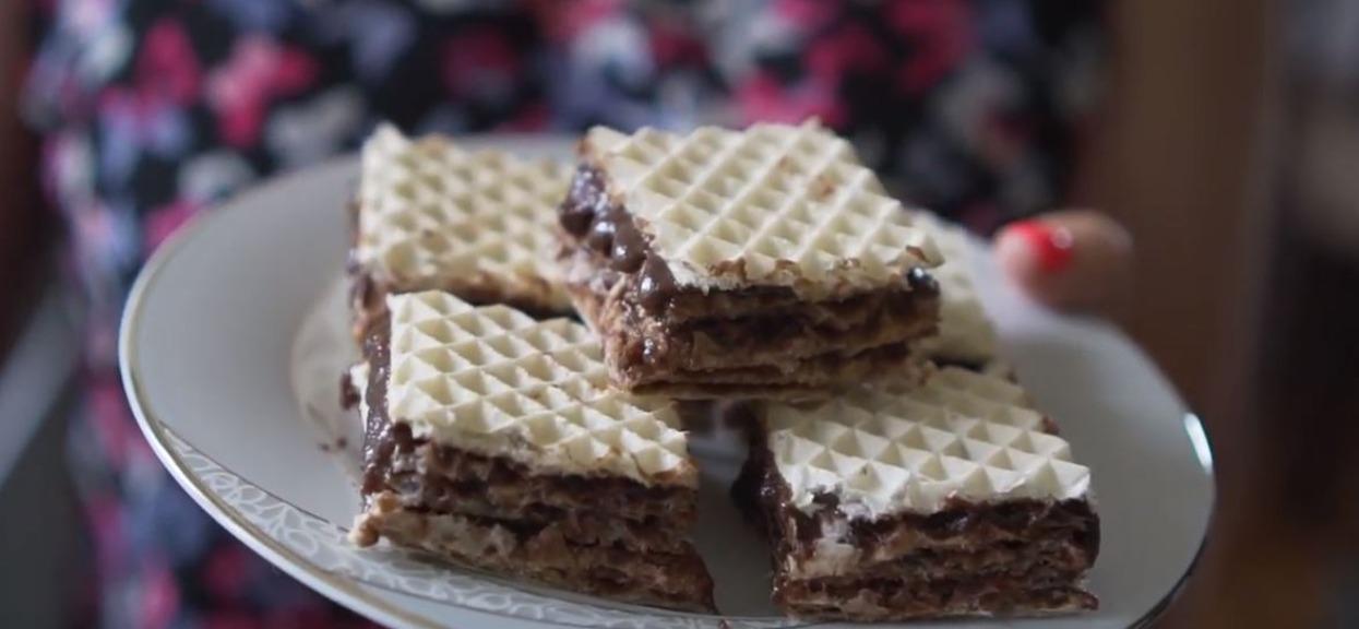 Andruty z masą czekoladową są hitowym przysmakiem PRL-u. Dzięki temu przepisowi będą smakować jak za dawnych lat