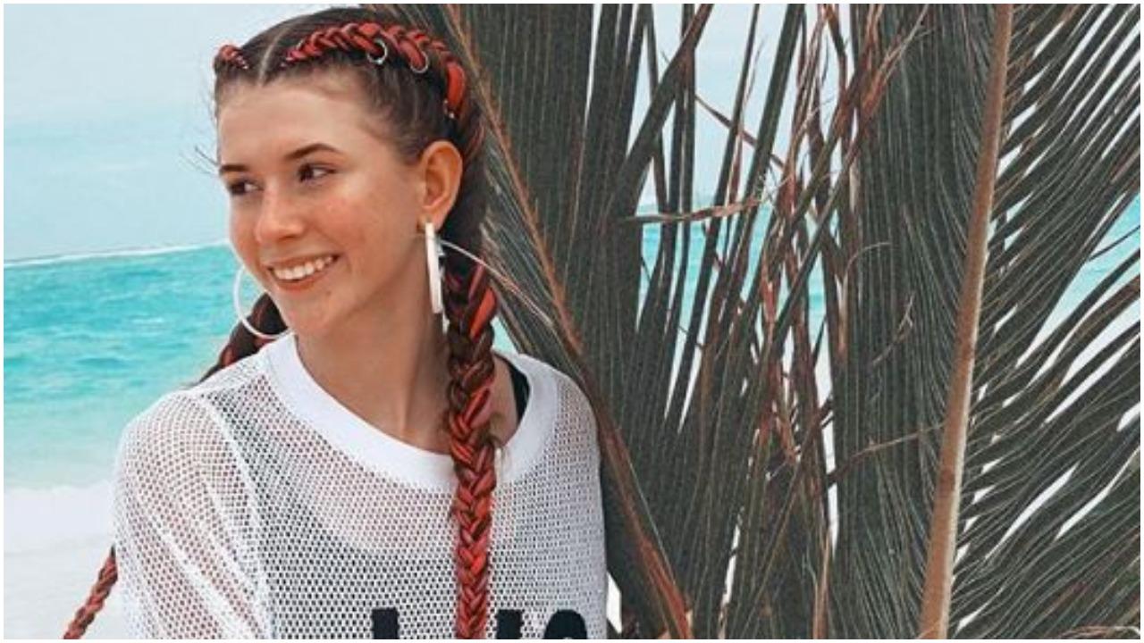 Burza po zdjęciach Roksany Węgiel w skąpym stroju. Wiele osób oburzonych zachowaniem 15-latki