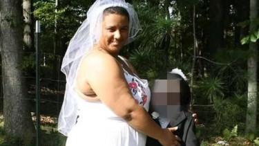 Tragikomiczne, 20-latka bierze ślub z nieżywym ukochanym. Ceremonia przyprawia o dreszcze [ZDJĘCIA]