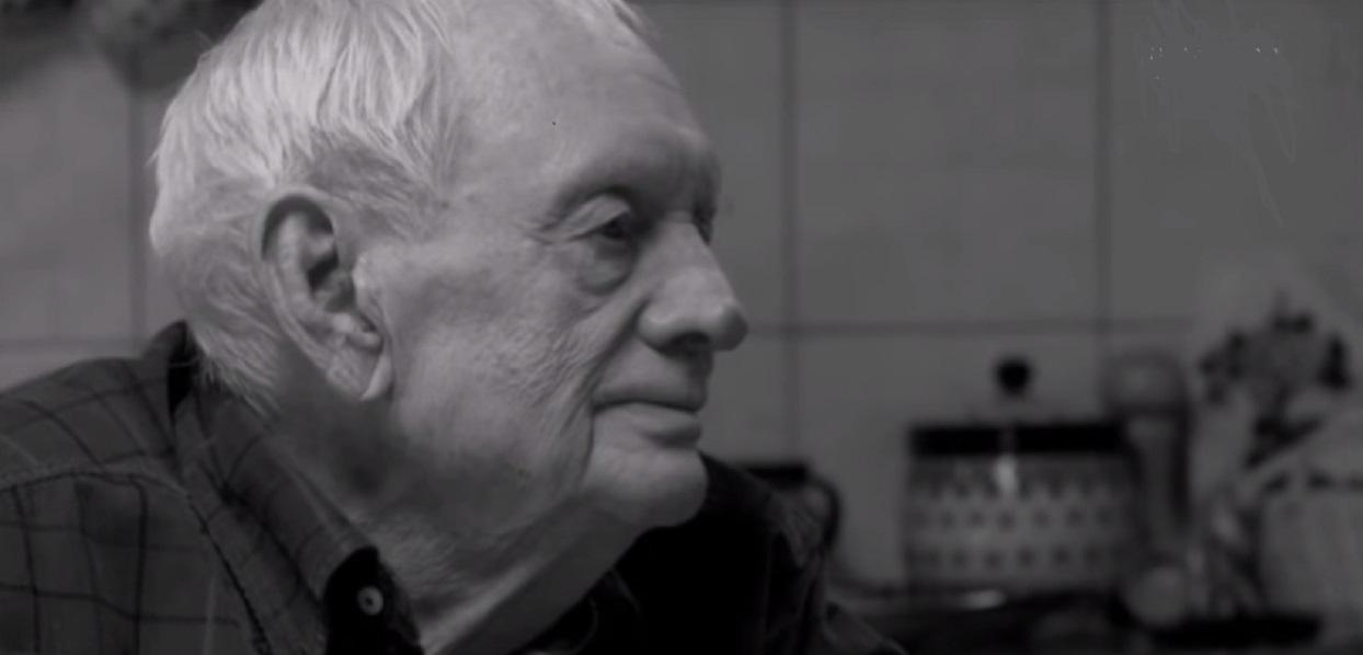 Widok wyciska łzy. 3 lata po śmierci Witolda Pyrkosza jego grób wygląda niezwykle