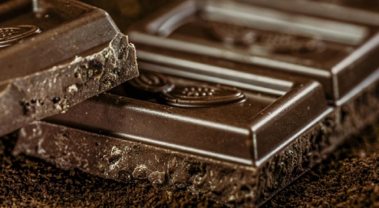 Włożyła do piekarnika czekoladę. Rezultat zwala z nóg, teraz każdy chce poznać jej tajny trik
