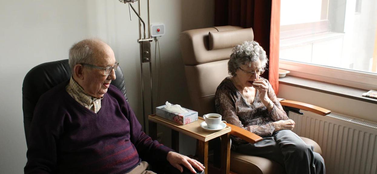Emeryci masowo otrzymują listy od ZUS ujawniające prawdę o 13. emeryturach