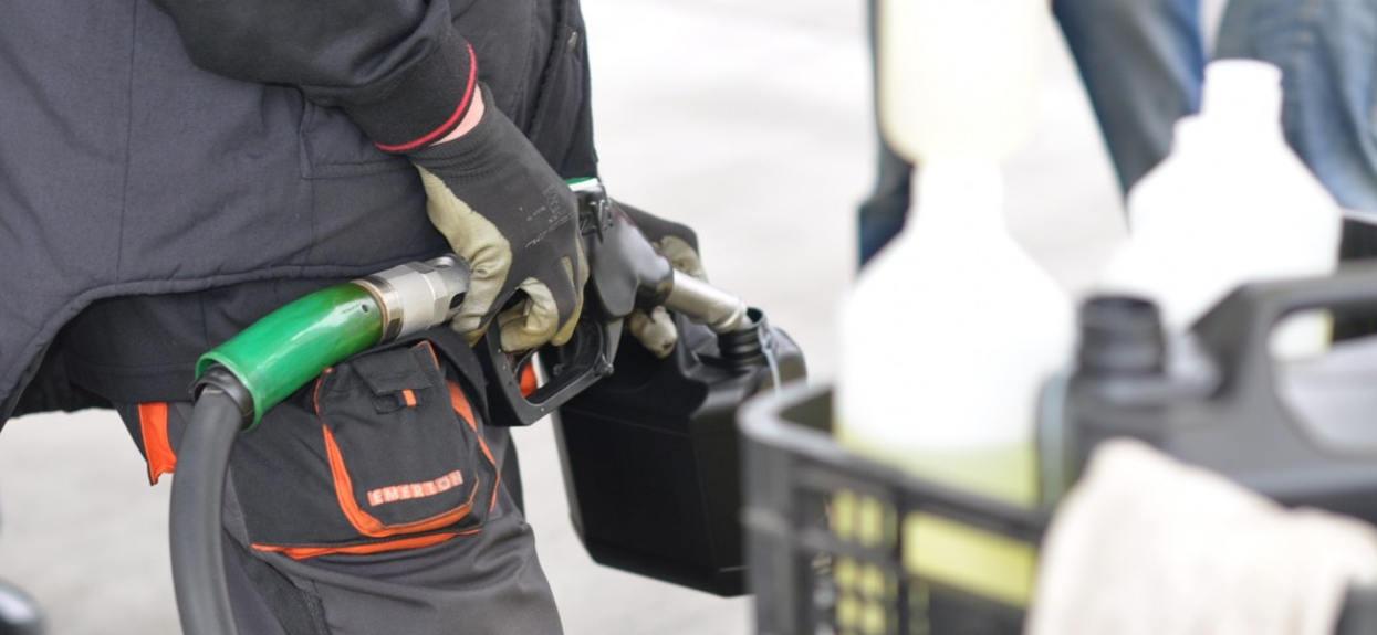 Cena paliw lada dzień osiągnie historyczny poziom. Każdy kierowca szeroko otworzy oczy na stacji benzynowej