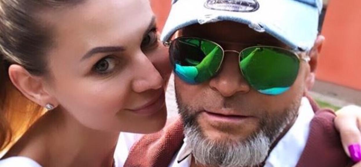 Krzysztof Rutkowski wyleciał z żoną na kilka dni