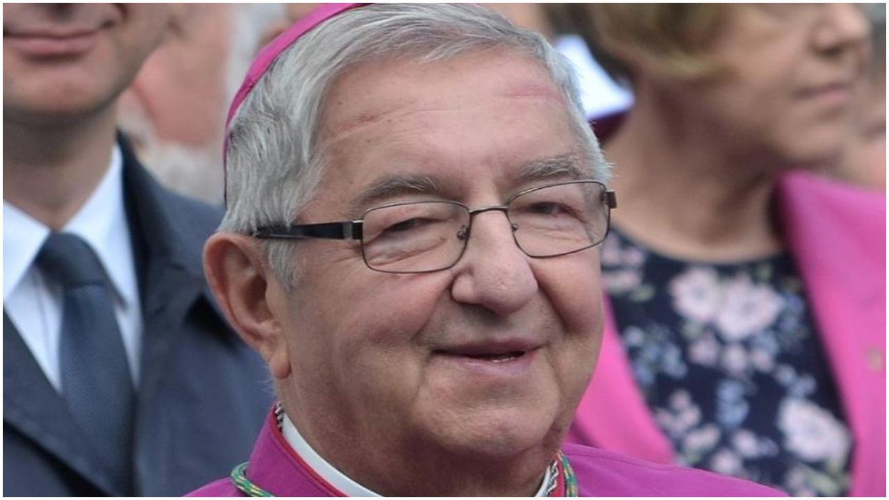 Arcybiskup Sławoj Leszek Głódź w sądzie. Zeznawał w sprawie gwałtu