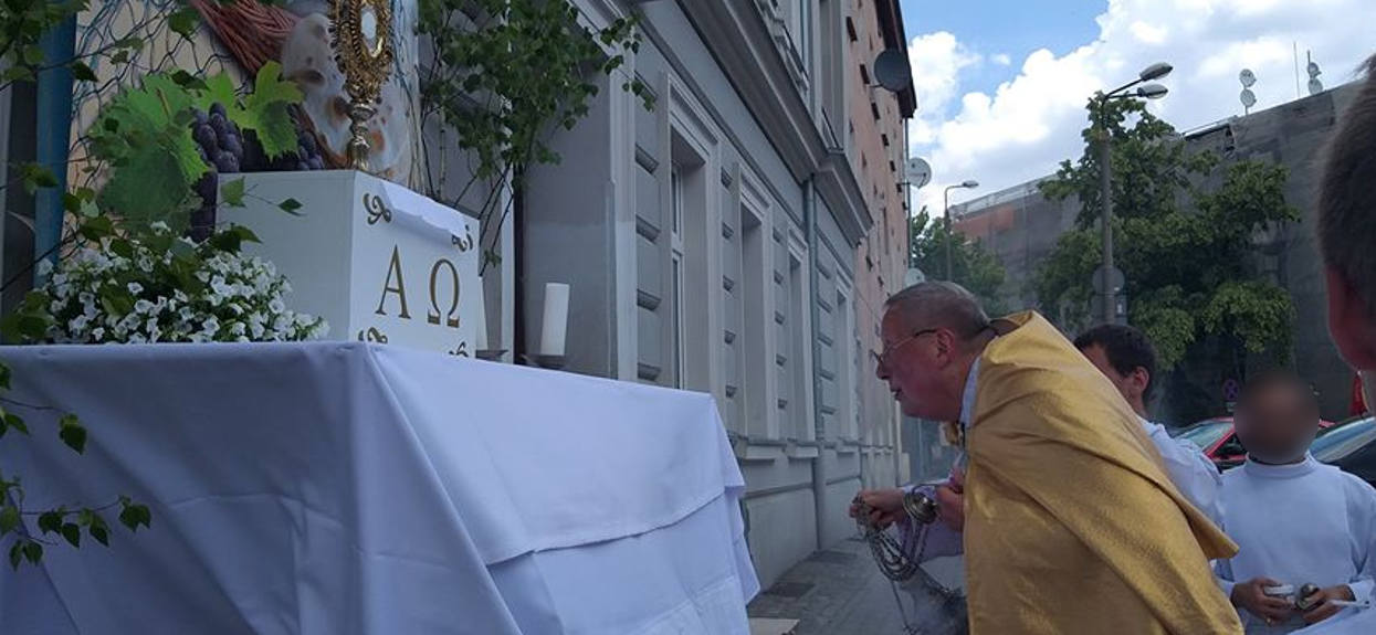 Polski ksiądz zaapelował do wszystkich wiernych. Chodzi o msze święte, takich słów nikt się nie spodziewał