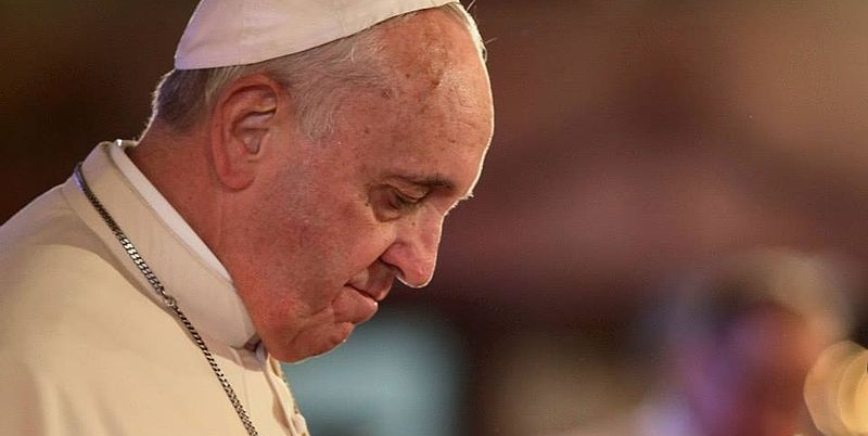 Afera wokół papieża Franciszka. Wierni są przerażeni, jak mógł zrobić coś takiego?