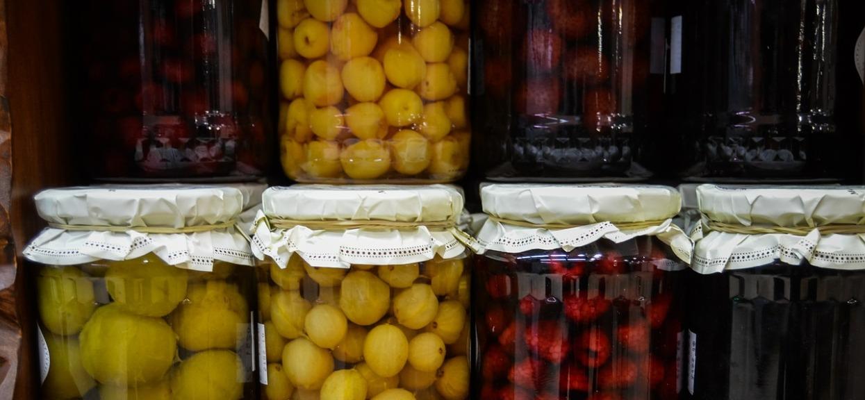 Placki ziemniaczane odchodzą do lamusa, teraz hitem są zdrowsze i smaczniejsze warianty. Panie domu je uwielbiają