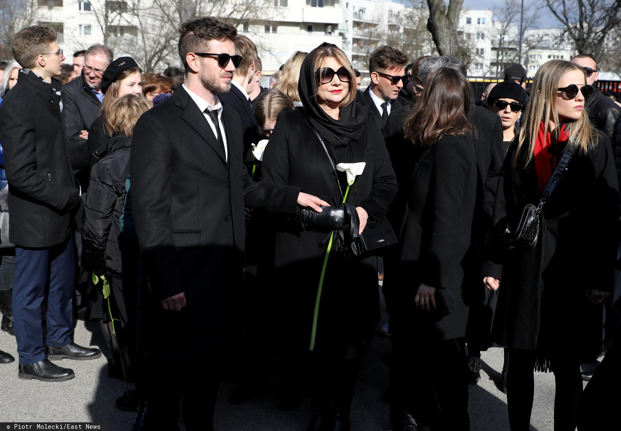 Antek Królikowski pokazał właśnie pierwsze zdjęcie po pogrzebie Pawła Królikowskiego. Bardzo wymowne