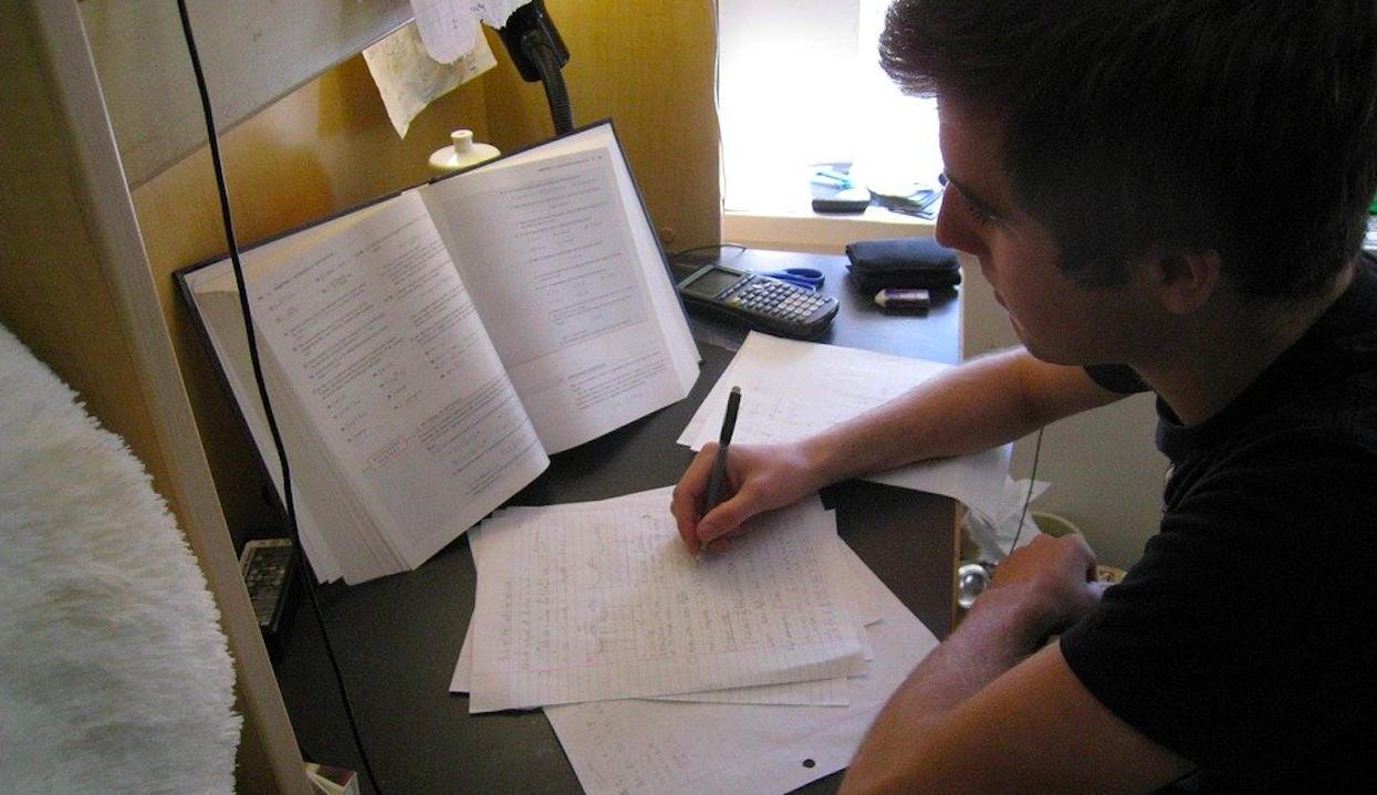 Co będzie z próbnymi maturami i egzaminem 8-klasisty? Jest już specjalny plan, rzeczniczka MEN ujawnia