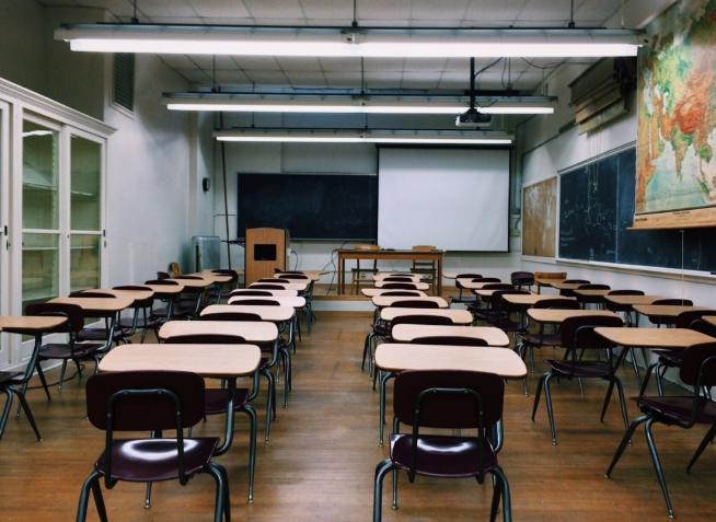 Z ostatniej chwili: premier oficjalnie przedłuża zamknięcie szkół, wiadomo do kiedy