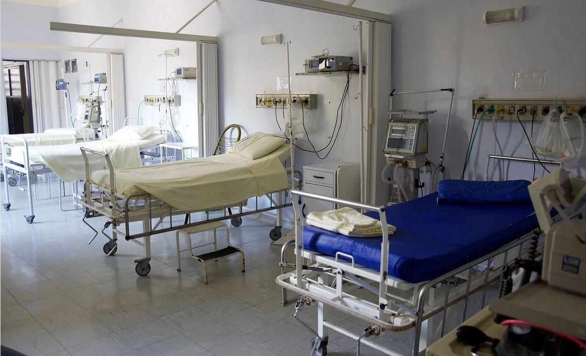Śmierć 57-letniej pacjentki z Poznania z powodu koronawirusa. Prokuratura podjęła ostateczną decyzję