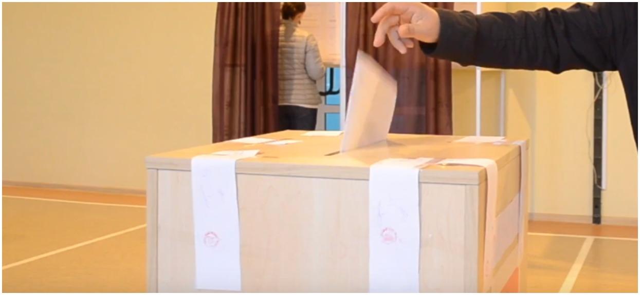 Czy wybory prezydenckie powinny być przełożone w obecnej sytuacji?