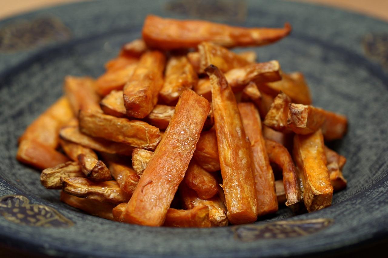 Fenomenalny przepis na frytki bez ziemniaków. Prawdziwe niebo w gębie, tradycyjne się nie umywają