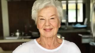 Odbiera mowę. Ma 73-lata, a ciała mogą jej pozazdrościć nawet dwudziestolatki