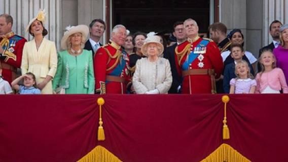 Niepokojące nieoficjalne wieści z Wysp. 71-letni Książę Karol ma koronawirusa, wiadomo co się z nim dzieje