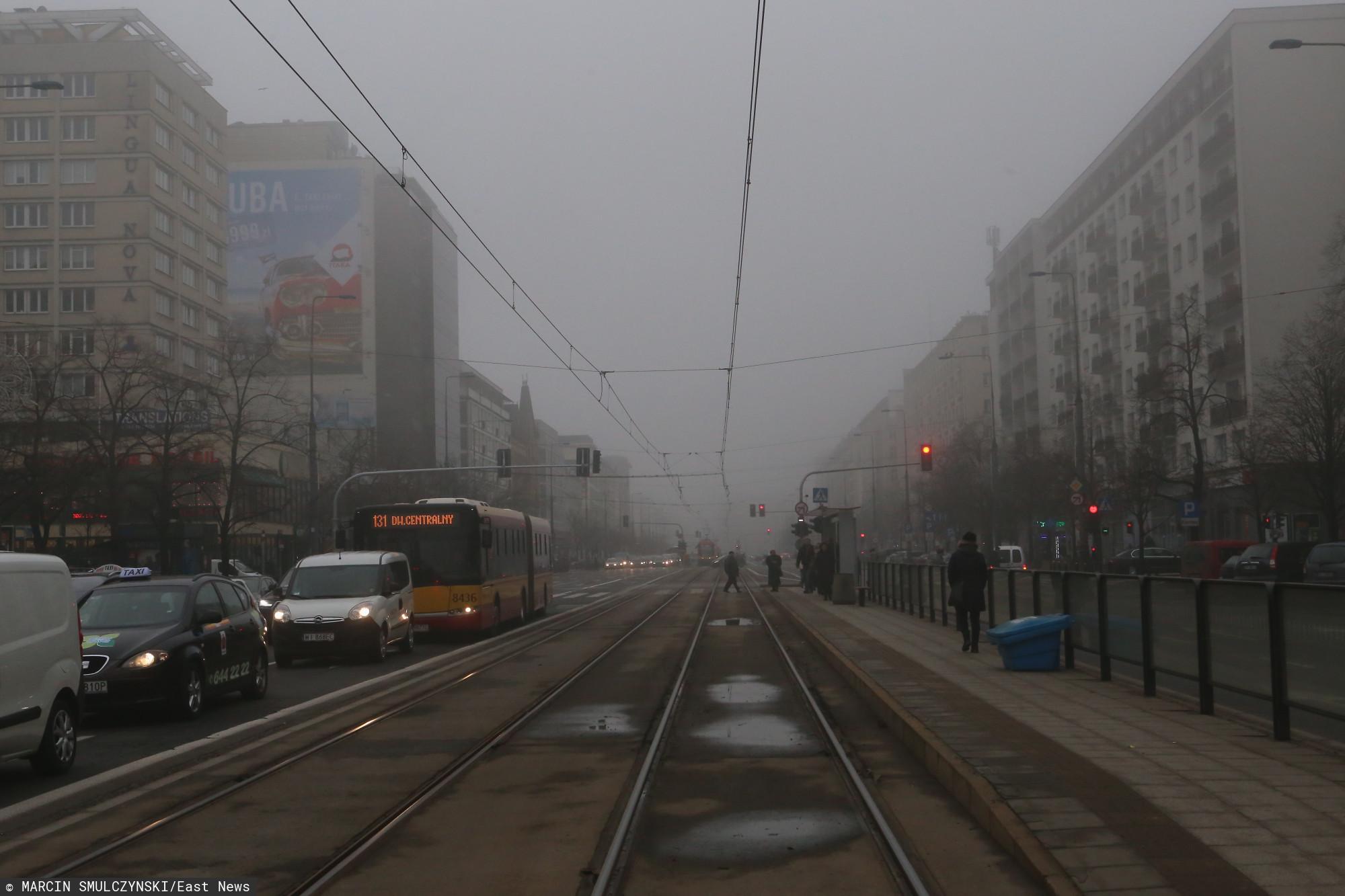 Aktualnie tylko w 3 miastach na świecie gorzej niż w Warszawie. Katastrofalne powietrze w stolicy, lepiej zamknijcie okna
