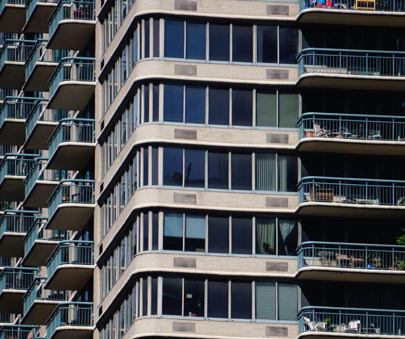 Balkon również obowiązują przepisy.