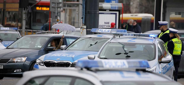 Apogeum zakażeń w Polsce. Eksperci prognozują, kiedy będzie najgorzej