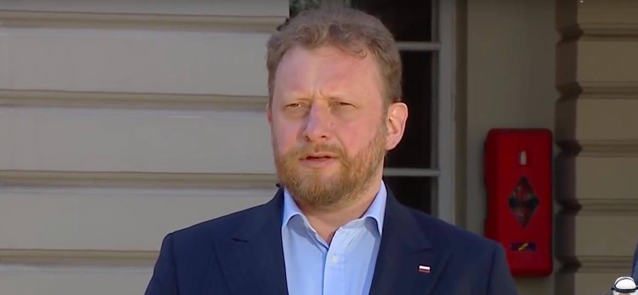 """Zapytano Szumowskiego """"ile osób musi umrzeć, żeby powiedział, że trzeba przełożyć wybory"""". Odpowiedź ministra jest zaskakująca"""