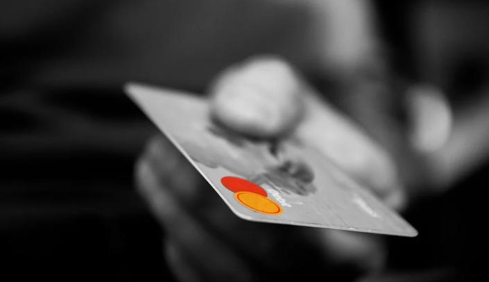 Ujawniono dane z kart płatniczych Polaków. Tak źle jeszcze nie było