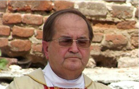 """Tadeusz Rydzyk powiedział, jak należy się zachować w czasie mszy domowej. """"Nie pić kawy, nie rozmawiać"""""""