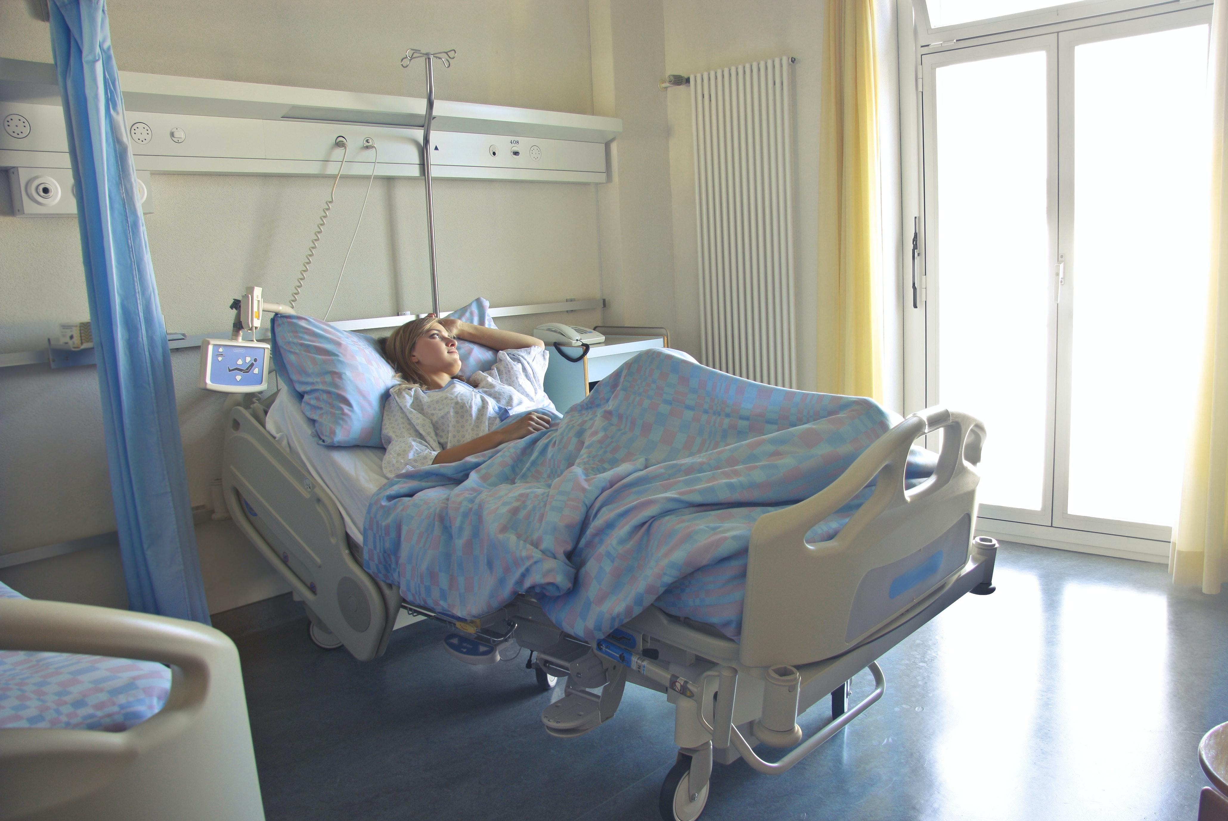 WHO ujawniło jak długo zakażeni wracają do zdrowia. Niepokojące liczby