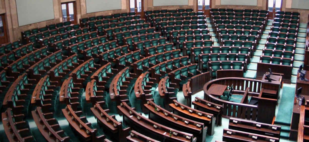 Zapadła decyzja ws. wyborów prezydenckich 2020. Niebywałe sceny w Sejmie
