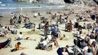 Pozornie normalne zdjęcie z plaży wprawiło wszystkich w osłupienie. Jeden niepokojący szczegół
