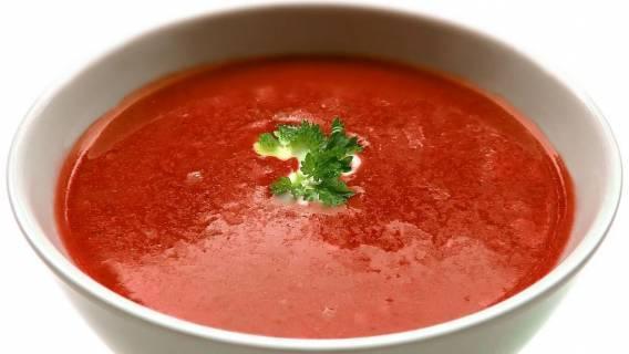 Zupa pomidorowa z dodatkiem