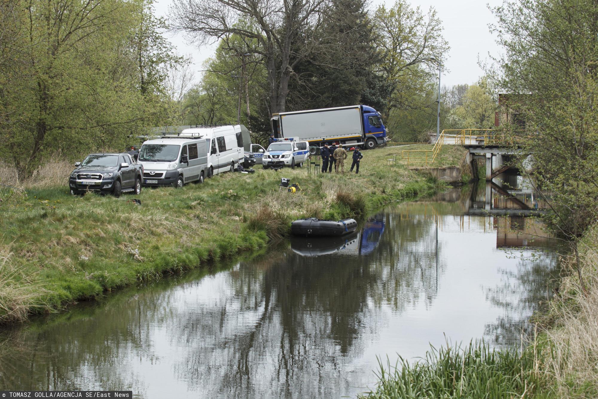 Od rana przeszukiwano rzekę i Nowogrodziec. Policja przekazała smutne informacje o Kacperku