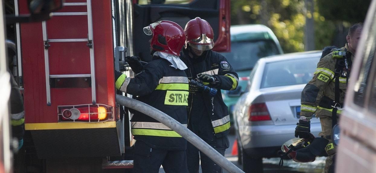 Wybuch w bloku w centralnej Polsce. Służby przekazały smutne informacje