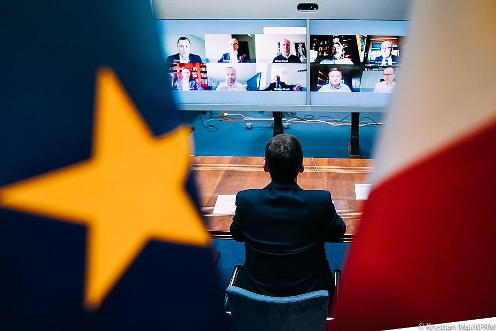 Tarcza 3.0 - premier chwali jej skuteczność