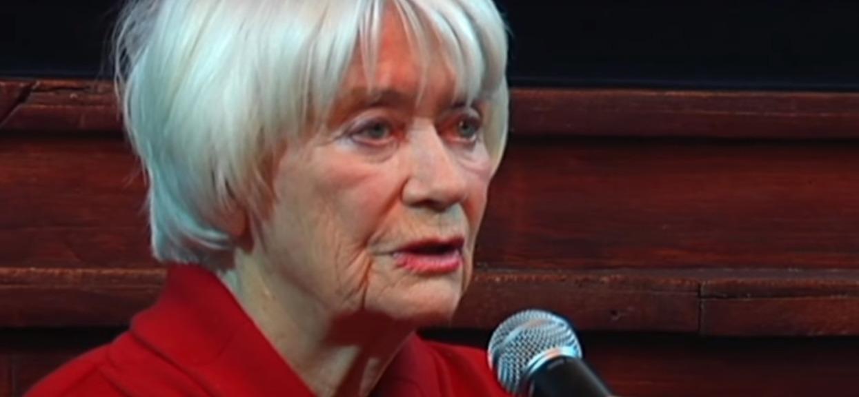 Alina Janowska przez lata cierpiała z powodu Alzheimera. Nagle zrobiła rzecz, która sprawiła, że jej mąż pobladł