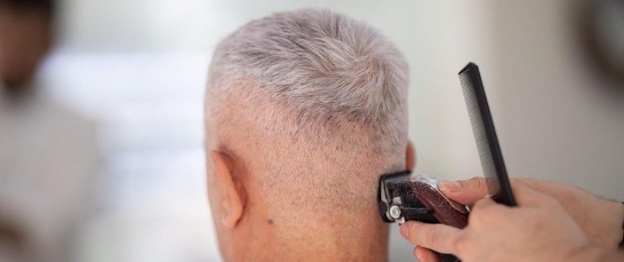 RMF: Emilewicz podała konkretną datę otwarcia fryzjerów i restauracji, ale jest haczyk. Polacy łapią się za głowy