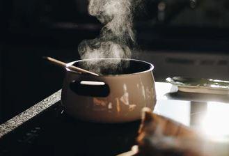 Gotowanie składnik dodawany do zupy