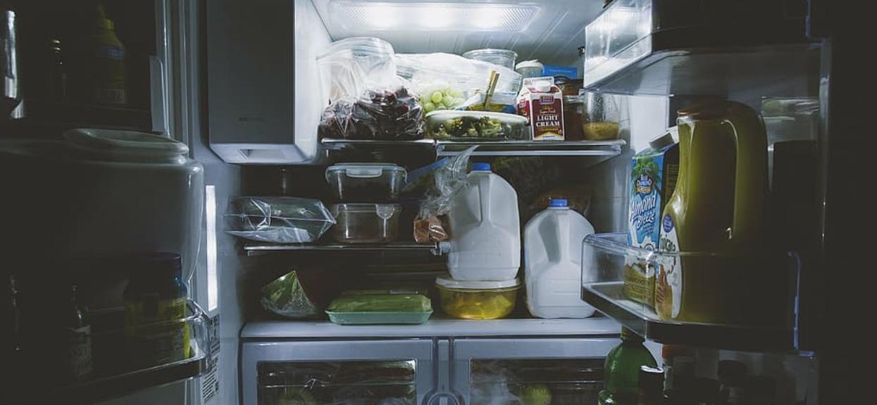 Prawie każdy mrozi jedzenie. Niestety, większość popełnia bardzo niebezpieczny błąd, trzeba wiedzieć