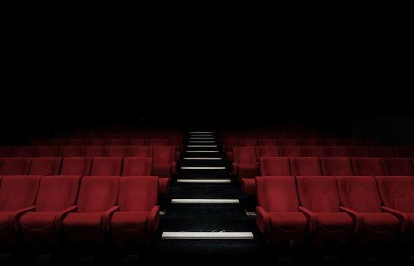 Kiedy otwarcie kin i teatrów? Jest oficjalne stanowisko wicepremiera, nie ma powodów do radości