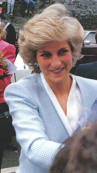 Jasnowidzka twierdzi, że rozmawia z księżną Dianą. Przekazała dramatyczny apel w sprawie Harry'ego