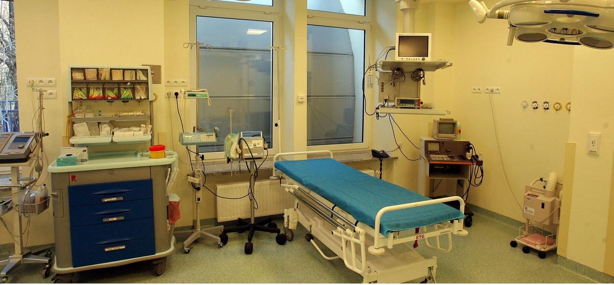Popieracie postulat, aby każdy lekarz, pielęgniarka, medyk i pracownik szpitala był regularnie testowany na wirusa?
