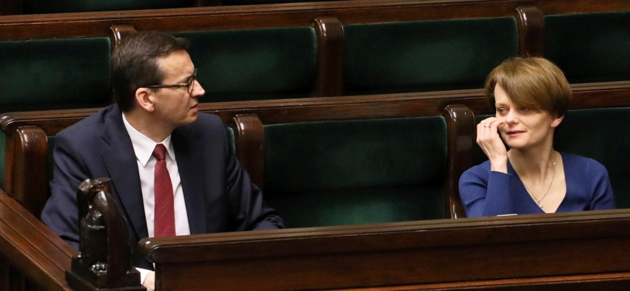 Zniesienie kolejnych zakazów w Polsce już od 1 czerwca? Minister podała jeden warunek