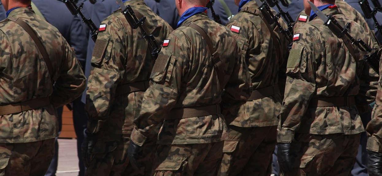Czy obowiązkowa służba wojskowa powinna zostać przywrócona?