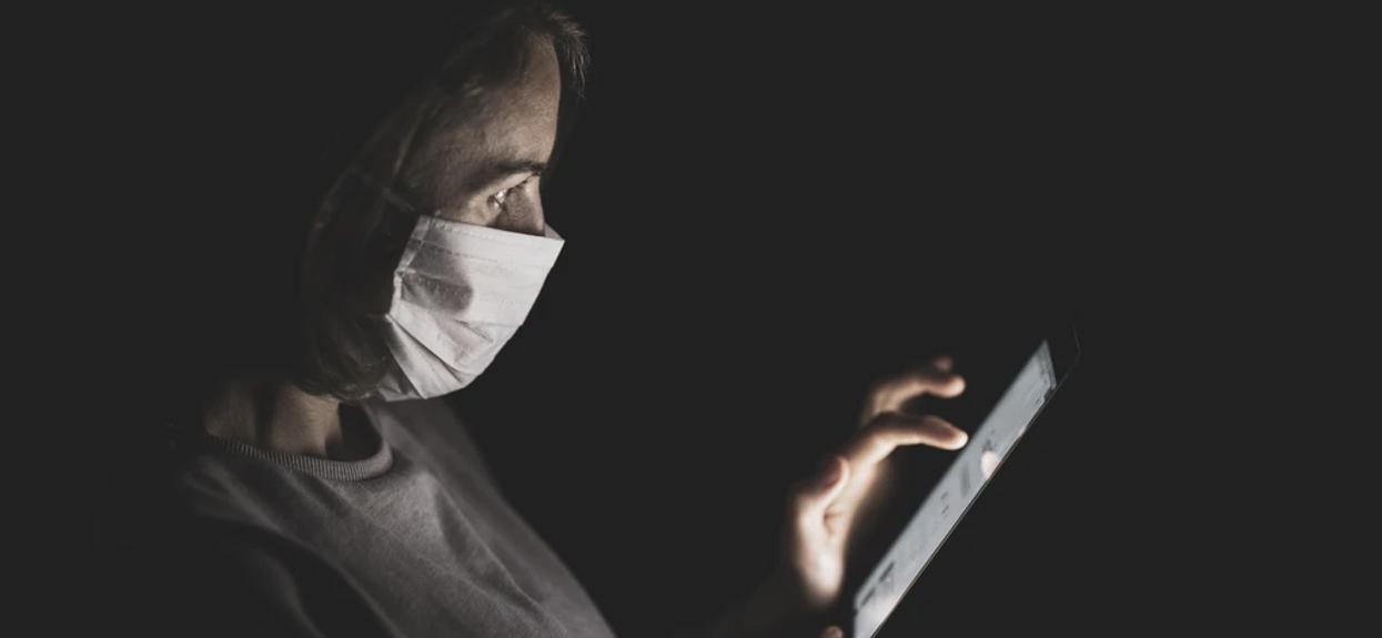 Popularny objaw koronawirusa skrywa ważny sekret. Najnowsze badania dają nadzieję