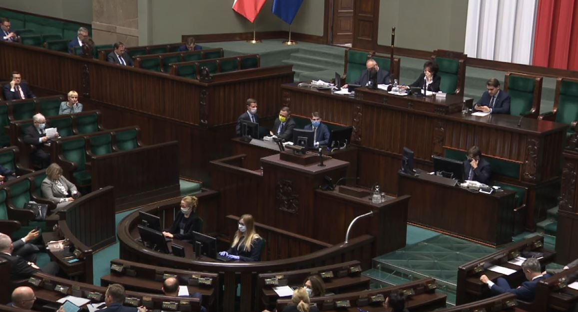 Z ostatniej chwili, Sejm właśnie przyjął ważne poprawki. Wprowadzono sporo zmian