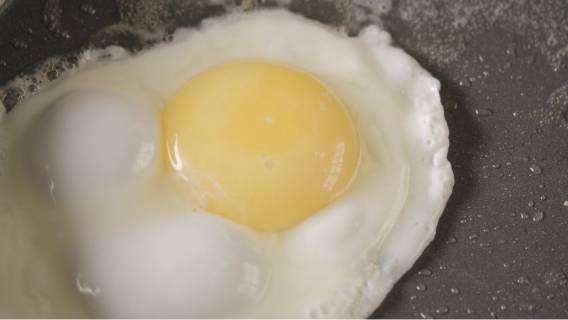 jajka na miękko jest zdrowsze