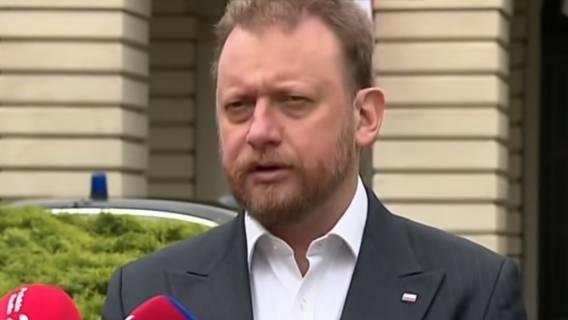 Łukasz Szumowski, wstrzymano dostawy maseczek