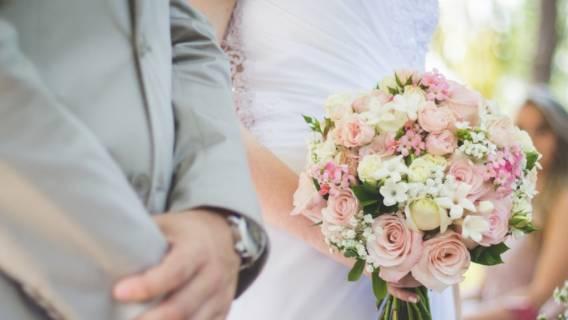 Suknia ślubna, torba z IKEI