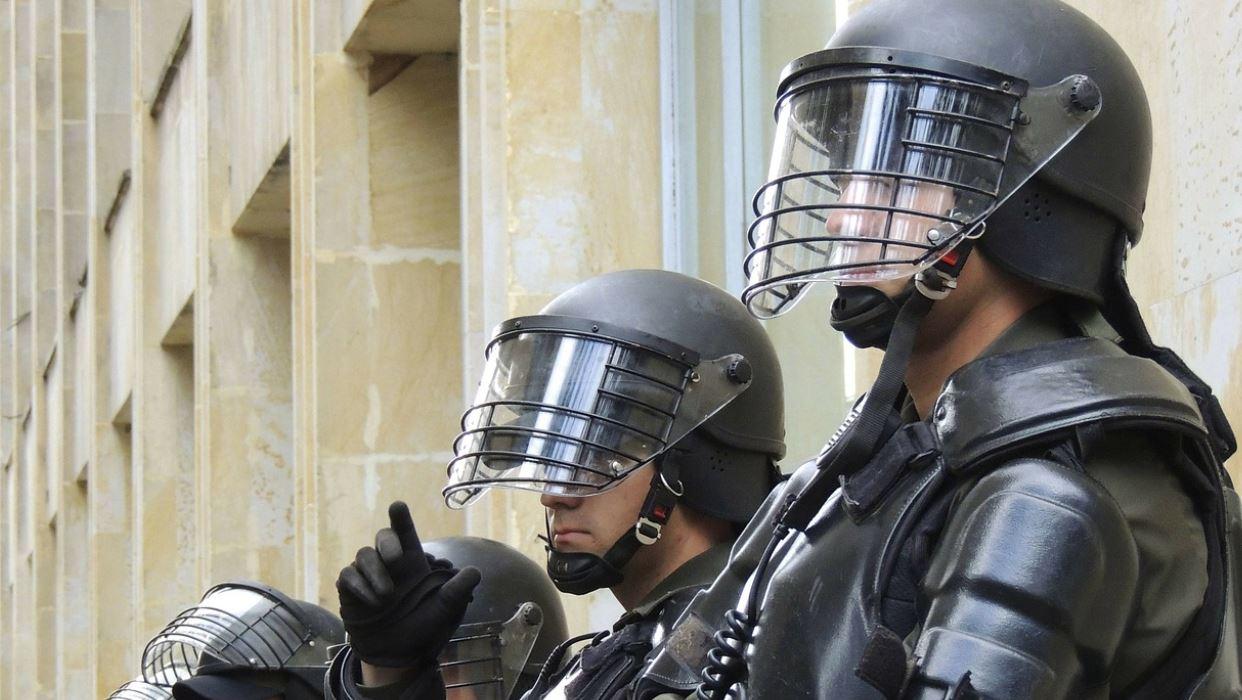 Policja opanowała zamieszki we Francji. Uda się zwalczyć przestępczość?