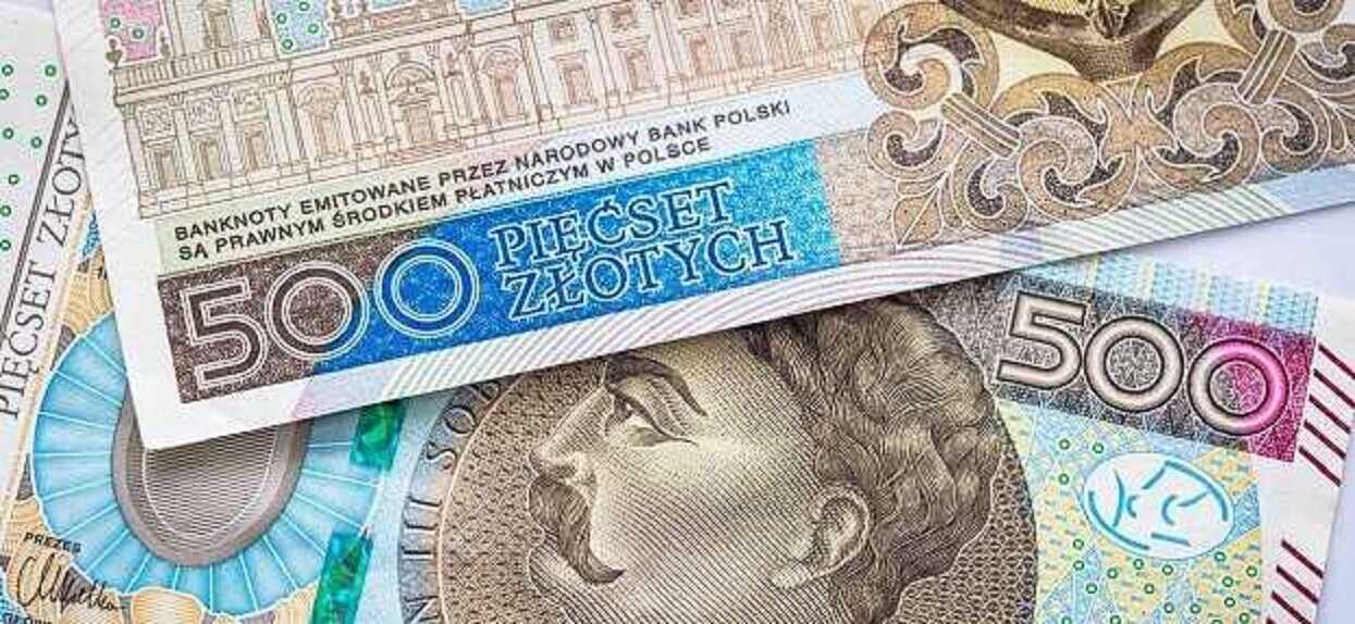 Popieracie dodatkowe 1400 złotych dla bezrobotnych?